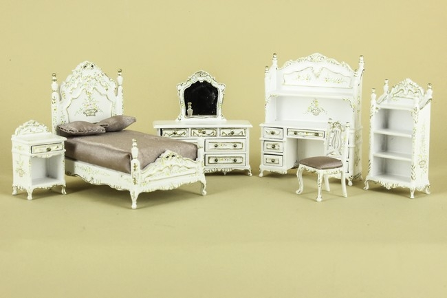 lilianna chantal bedrm set pieces available circus dollhouse